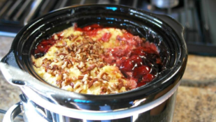 Slow Cooker Cherry Cobbler