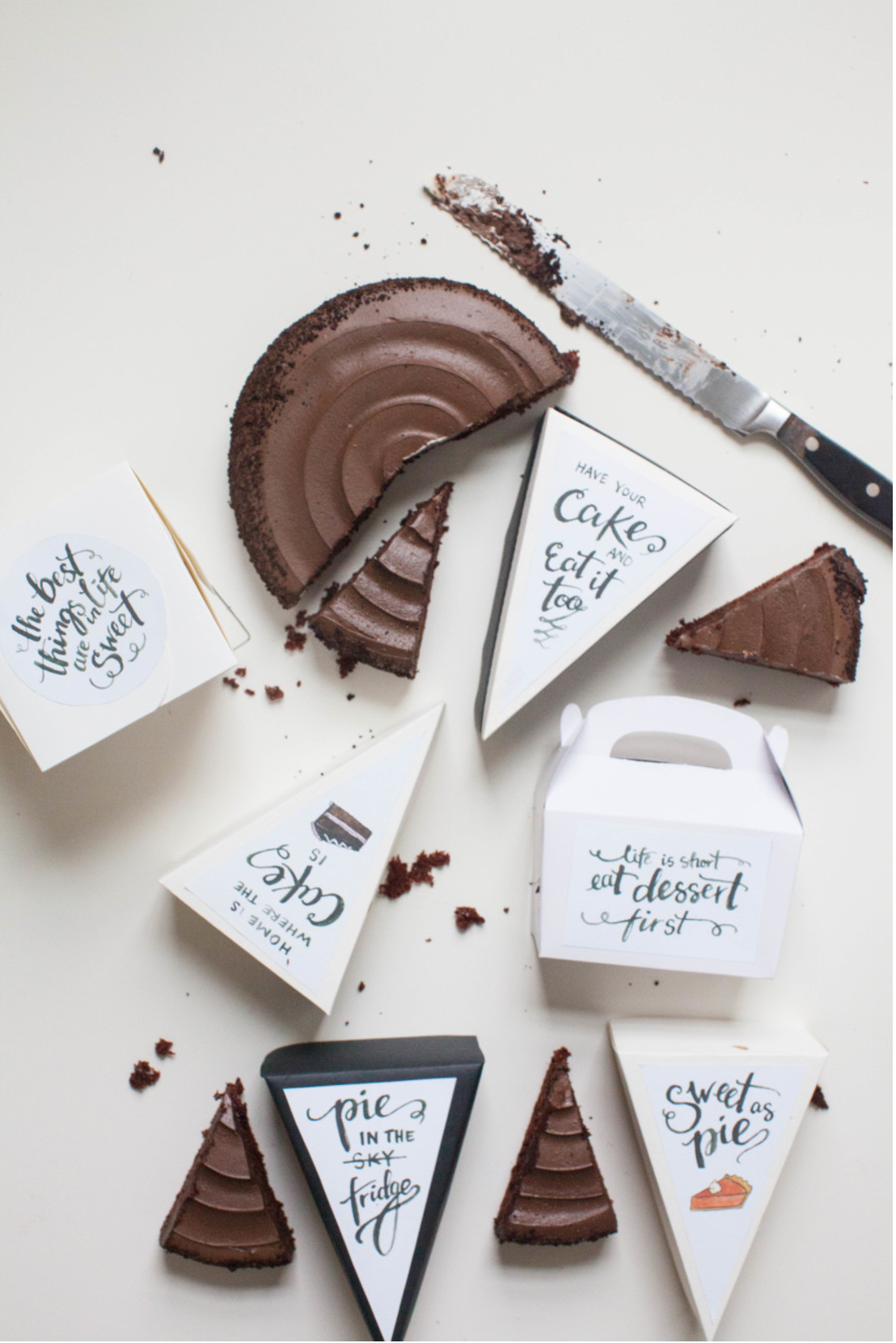 Wedding Gift For Guest Diy : Leftover Treat Boxes: The Best DIY Wedding Gifts Your Guests Will Use