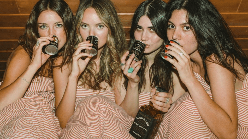 Women-Who-Drink-Whiskey