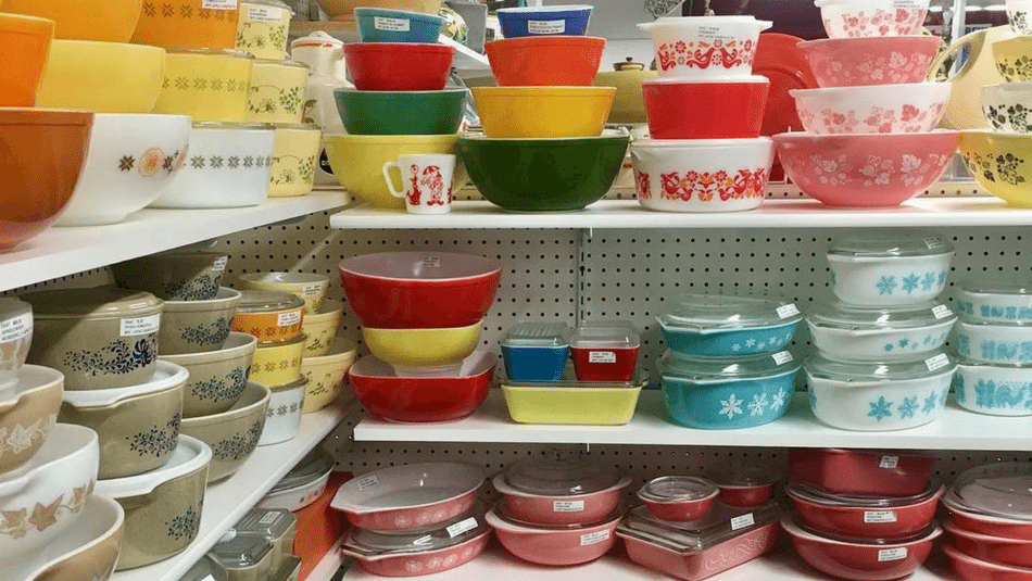 If You Have Vintage Pyrex At Home You Have A Small Fortune Gorgeous Rare Pyrex Patterns