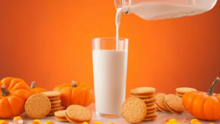 PSA: Pumpkin Spice Oreos Are Back on Shelves