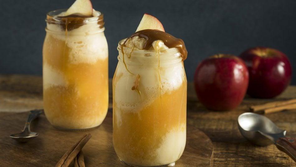 Apple-Cider-Ice-Cream-Floats
