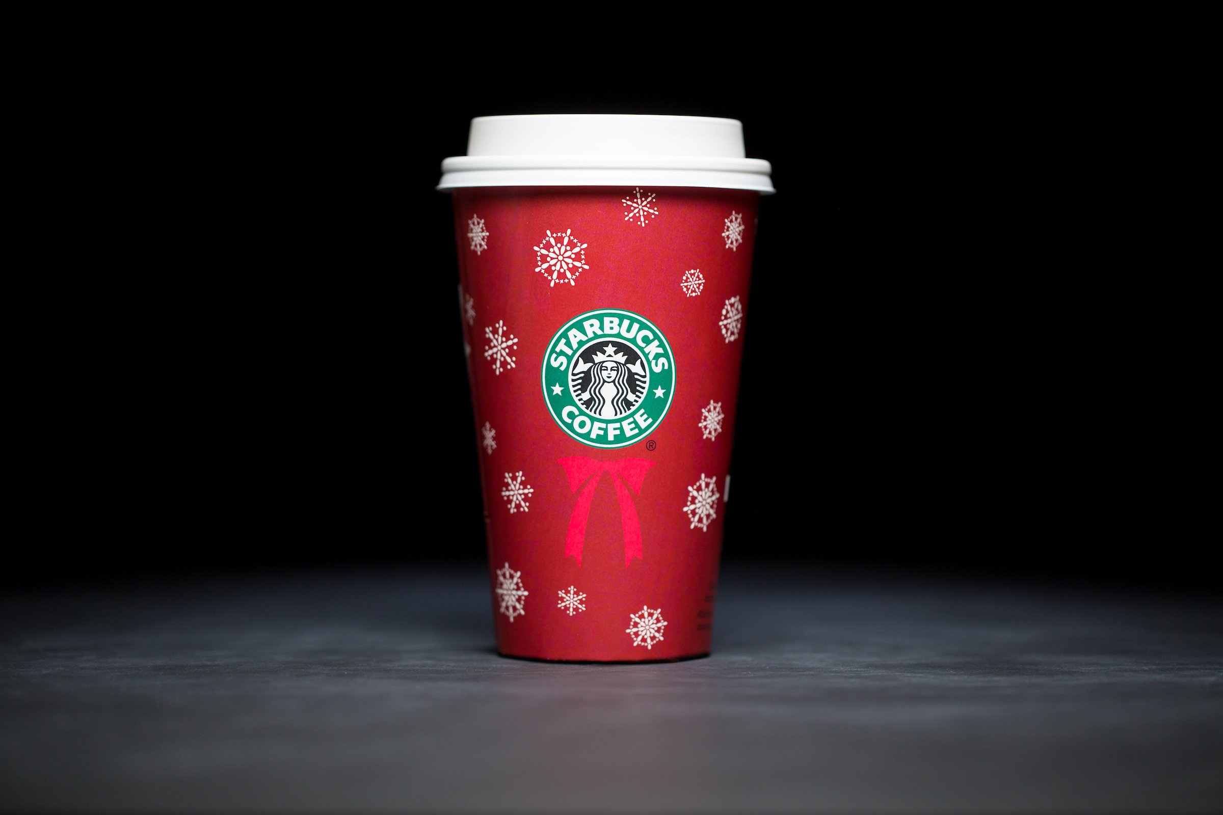 Starbucks-Holiday-Cups