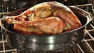 How to Find the Best Roasting Pan + 5 Options We Love