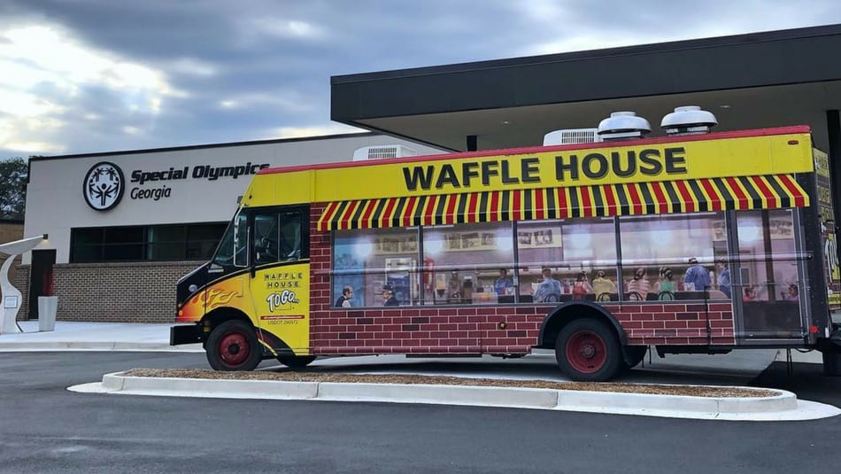 Waffle House Has A Food Truck Thatll Cater Your Wedding