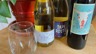What is Dry Wine + 10 Dry Wines To Try Tonight
